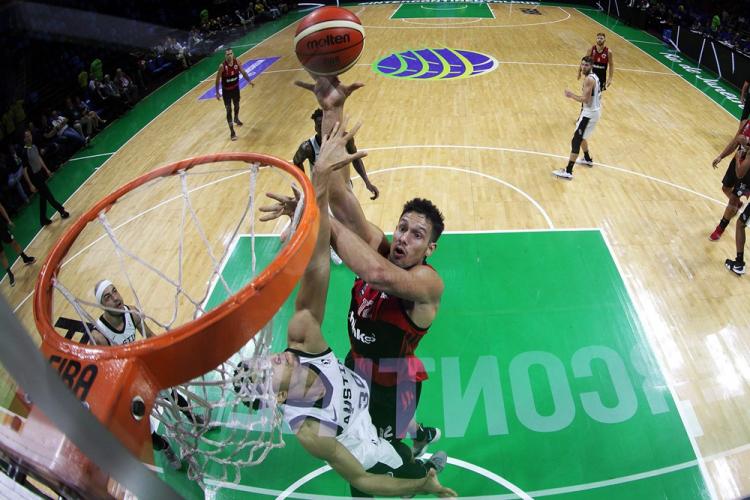 FIBA Intercontinental Cup: Η Φλαμένγκο σκόρπισε τους Όστιν Σπερς