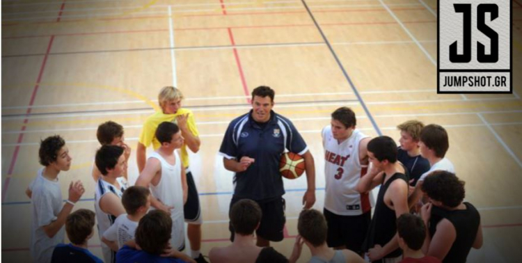 Σεβασμός στο ρόλο του προπονητή ακαδημιών