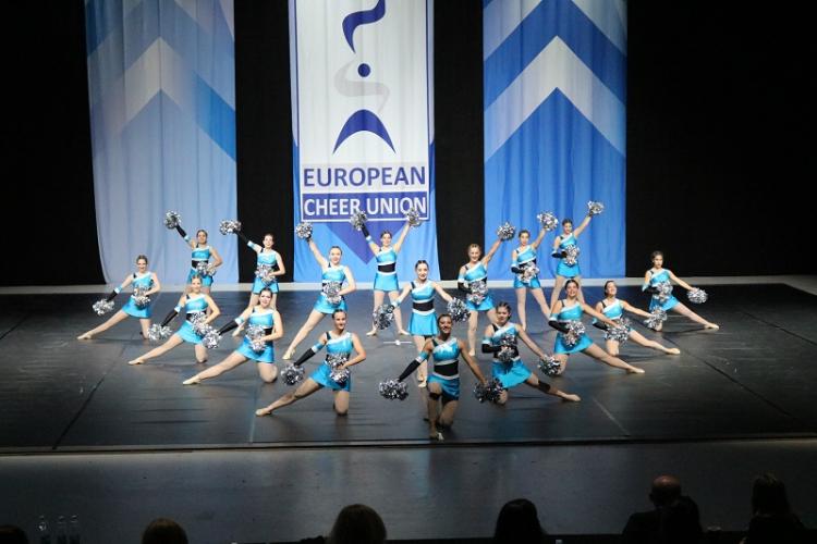 Εντυπωσίασε η Ελληνική αποστολή στο Ευρωπαϊκό Πρωτάθλημα Cheerleading  στο Ελσίνκι