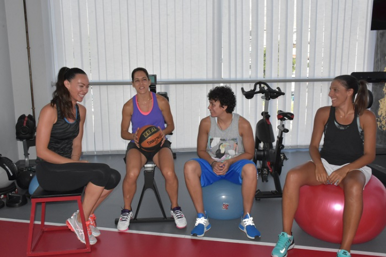 Η πρώτη επαγγελματική ομάδα 3χ3 γυναικών μας συστήνεται (vid, pics)