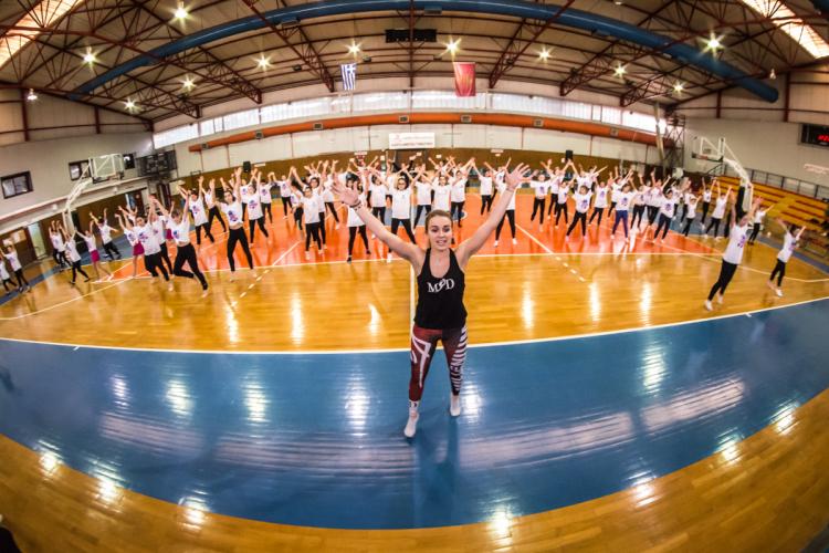 Γέμισε αθλήτριες του cheerleading ο Αστερόκοσμος στην ΔΕΘ