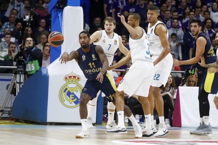 «Διπλό» για πλεονέκτημα στη Μαδρίτη η Φενέρ, νίκησε και ελπίζει ο Ερυθρός Αστέρας