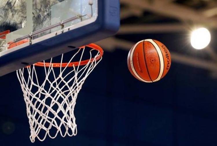 Μπάσκετ για φιλανθρωπικό σκοπό παίζουν Μικτή Τύπου και Αρχιεπισκοπή Αθηνών