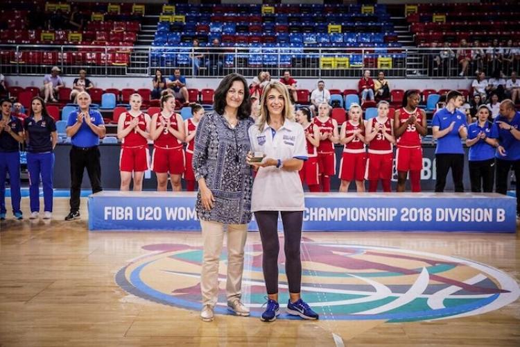 Βραβείο από την FIBA για την γιατρό της Εθνικής, Κική Τσακίρη!